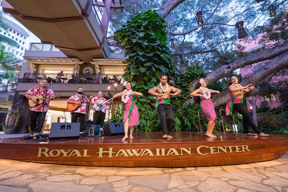 ロイヤル・ハワイアン・センターのライブエンターテインメントが3月19日より再開しました